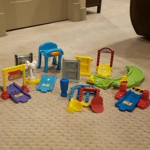 2/20 Vtech components for park and play.